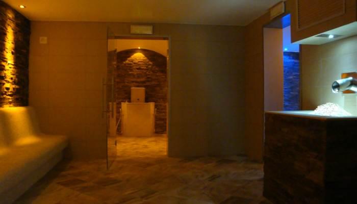 Progettazione centri benessere spa  e realizzazione centri benessere spa con tepidarium bagno turco e macchina del ghiaccio