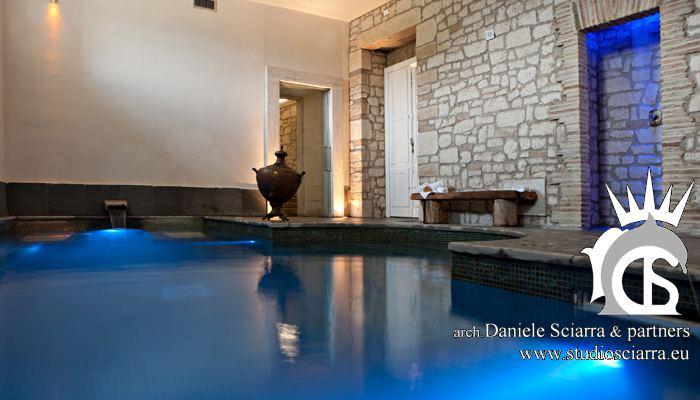 La piscina idromassaggio e la doccia emozionale
