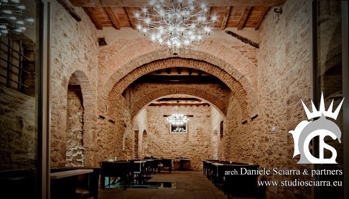 La sala ristorante del Castello di Montignano