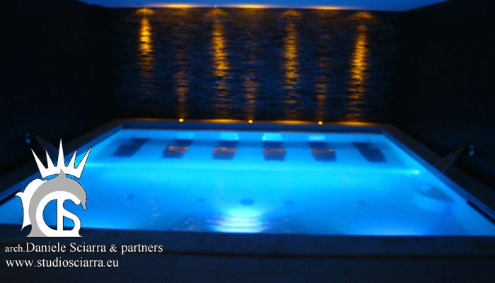 La grande piscina idromassaggio