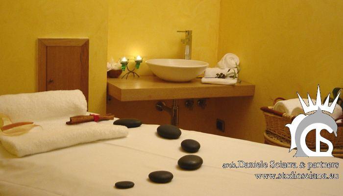 Cabina massaggi per il trattamento con le pietre