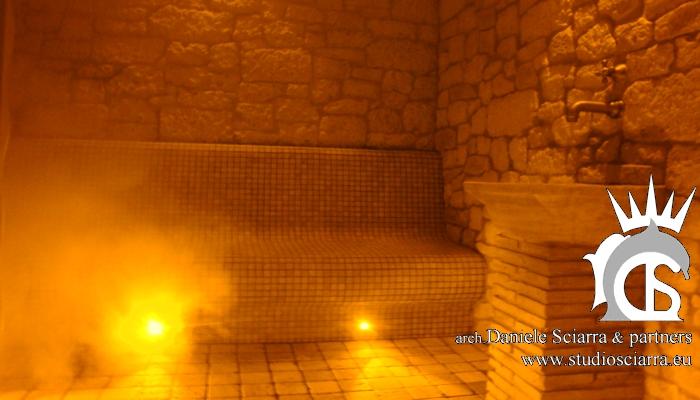 Bagno turco in pietra e mosaico di travertino - Terme di Stigliano
